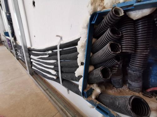 tubi di un impianto domotico allo stato grezzo